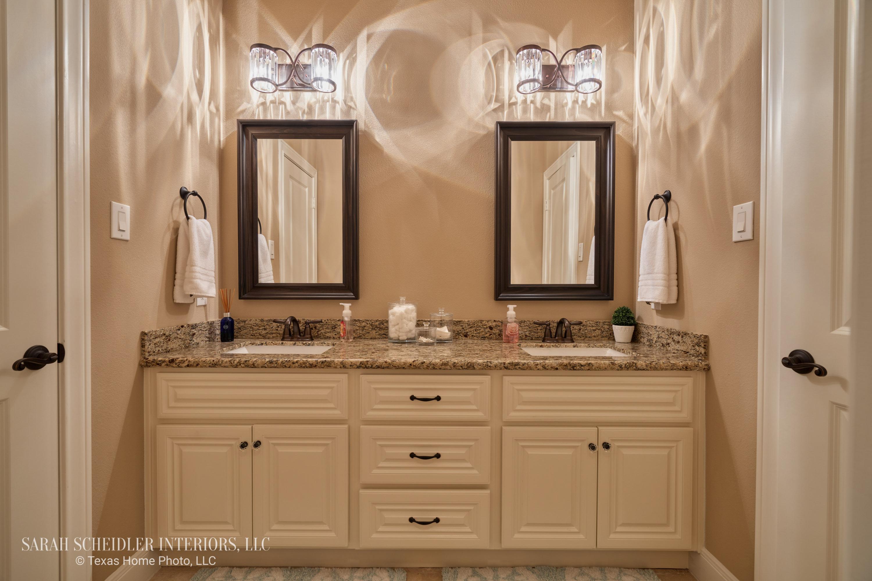 Secondary Bathroom with Crystal Vanity Lighting